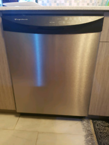 Lave vaisselle stainless Frigidaire