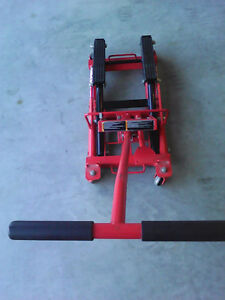 Used 2 times hydraulic lift 1500 lb - read below