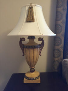 2 Gorgeous table lamps