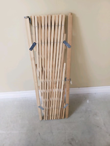 Expanding Wooden Baby Gate