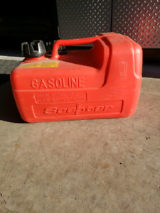 Jerry Gas Can Suzuki, Mercury, Evinrude.  Scepter Tank