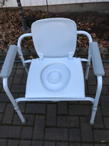COMMODE PORTA POTTY CHAIR STYLE