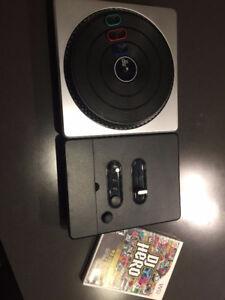 DJ Hero + Table pour Wii