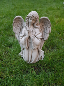 Angel statues garden ornaments