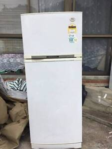 LG Frost Free , Fridge/Freezer, Delivery From $25 Newtown Geelong City Preview