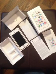 iPhone 5S 16Gb (silver) with Rogers