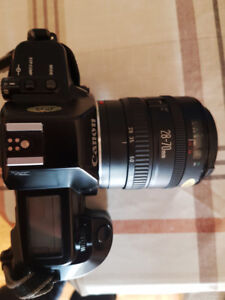 Canon EOS 650 Film Camera 28-70 and 70-210 mm lens Extras