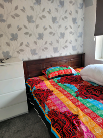 1 double bedroom near Gareets green