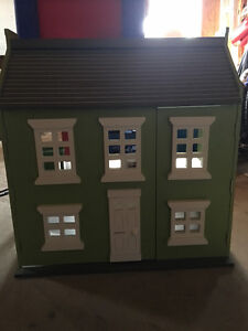 Pottery Barn Play house