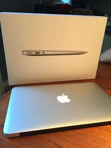 MacBook Air  (11 pouces)