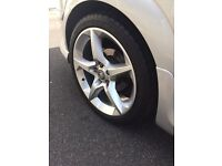 Astra h alloys good condition £200 without tyres £350 with Tyers