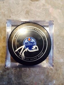 Oilers signed hockey pucks  Strathcona County Edmonton Area image 3