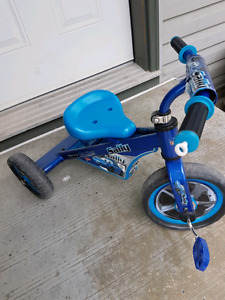 Tricycle blue Disney Cars