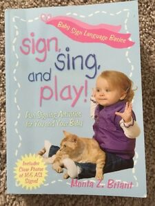 Sign, sing and play book*new
