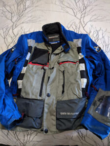 BMW Motorad Jacket and Pants, plus wet weather gear Size 56