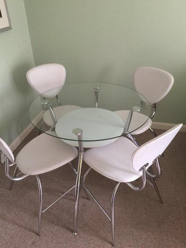 Round Glass Dining Table And 4 Chairs United Kingdom