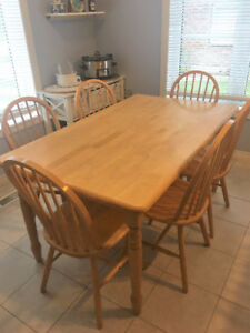 Wooden Kitchen Table with 6 Chairs