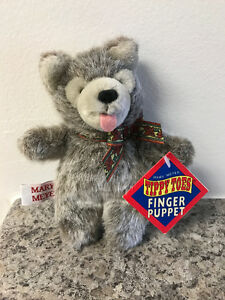 Mary Meyer Tippy Toes Finger Puppet - Huff 'N Puff