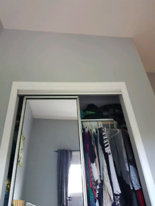 2 portes garde-robe mirroirs coulissant