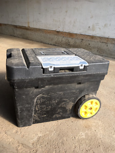 2 Stanley Tool Chests