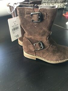 Girls Size 8 brown suede riding boots  Kitchener / Waterloo Kitchener Area image 2