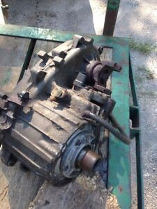CHEVY / GMC NP 243c electronic shift transfer case low kms