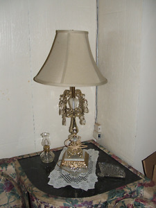 vintage table lamp with crystal and dangling prisms