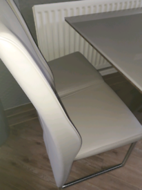 Lovely dfs table and 4 chairs for sale