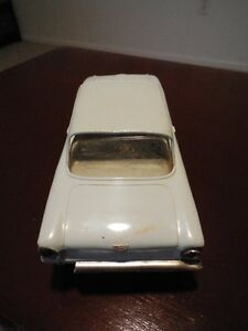 Vintage 1960 Ford Falcon Dealer Promotional Model Car London Ontario image 6