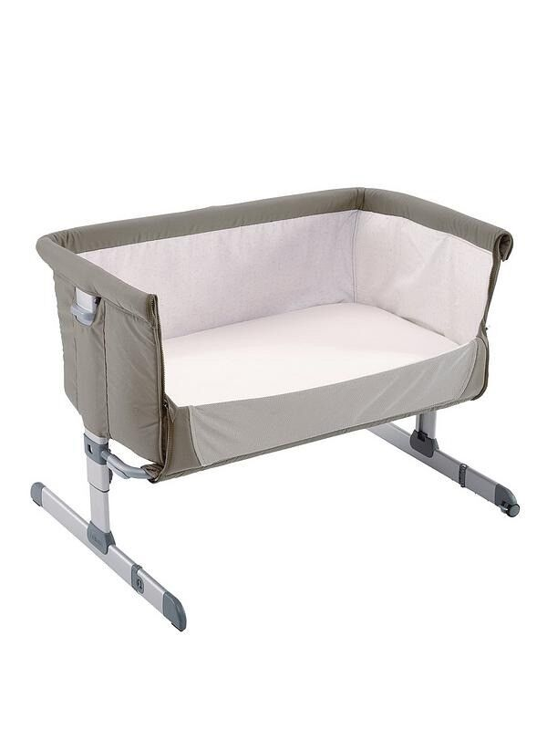 Chicco next too me crib AS NEW selling as baby doesn't like it