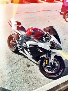 **RARE** 2007 Custom Yamaha R1   WHITE & BLACK