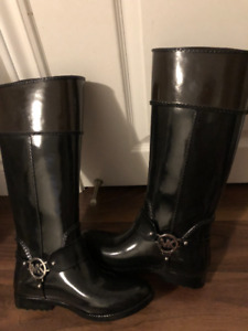 BRAND NEW Michael Kors Rain Boots. Size 7.