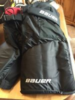 Youth/Jr Pants/Chest Protector and Skates
