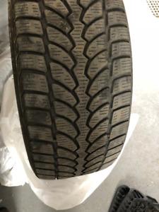 Pneus hivers Bridgestone / Blizzak 225/40R19