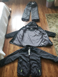 Boys snow suit  size 8-10