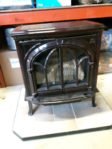 Jotul Gas Stove With Hearth Pad
