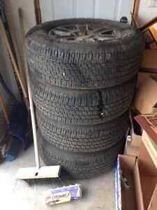 2015+ Ford 6 Bolt Stock Tires and Rims 275/65/18