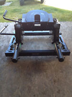 Reese Fifth Wheel Hitch With Adapter