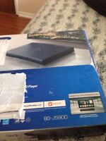 Brand new 3D Blu-ray for sale Samsung  120$