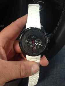 Carvelle New York watch. Never worn