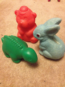 3 coin banks: green dino, red bear, n blue rabbit $10 for all