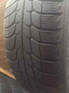 Set of 4 Michelin winter tires 215/70/15