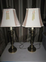 PAIR OF BEAUTIFUL VINTAGE TALL BRASS LAMPS WITH SHADES