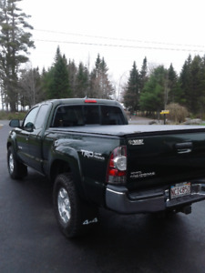 2012 TOY TACOMA TRD, ONE OWNER, IMMACULATE CONDITION....