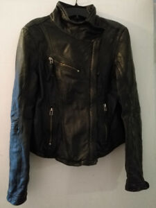 Manteau en cuir Femme Leather Jacket