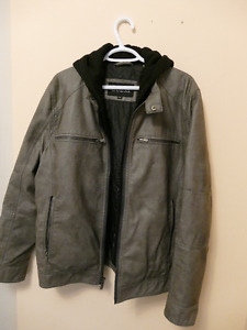 GUESS Mens Jacket Coat Large with removable hood.