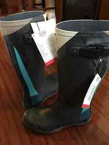 Men's Hunter Rubber Boots New with tags