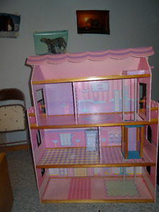 4' Wooden Barbie House with full accessories