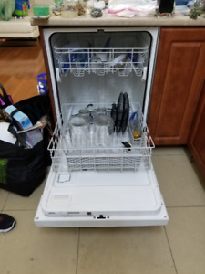 Whirlpool Quiet Partner Dishwasher in Good Condition