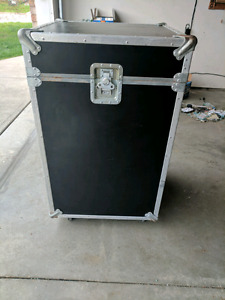 REDUCED Large Equipment rolling Travel case - JH SESSIONS